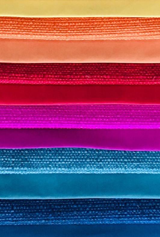 Divano Teodoro - colori in promozione da Patrizia Romaniello Battipaglia