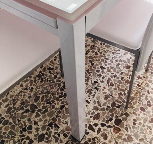 Tavoli e Sedie Romaniello Mobili Battipaglia